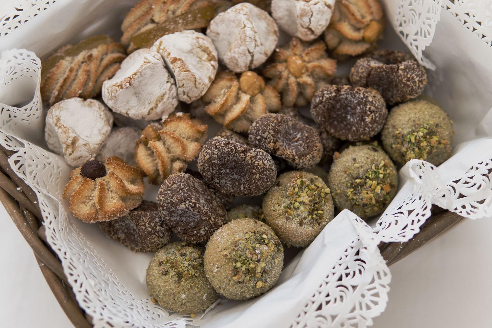 buffet dolci matrimonio biscotti