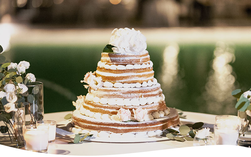 buffet dolci matrimonio naked cake on green