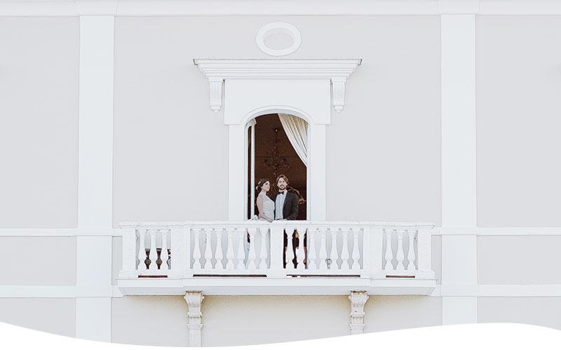 sposarsi in puglia sposi alla finestra